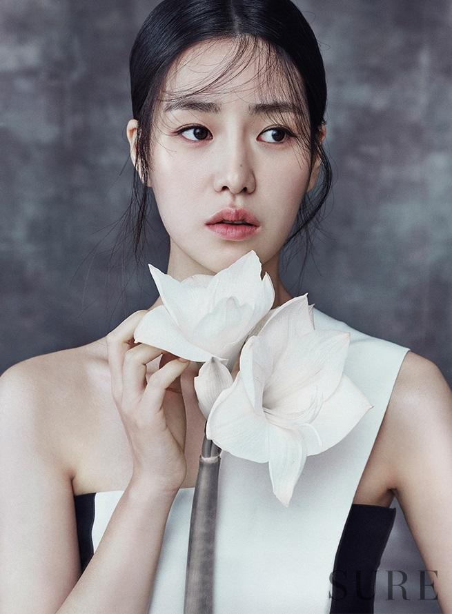 Ji-Yeon Lim Nude Photos 55