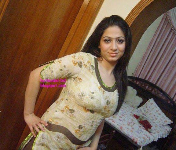 bangladeshi-hot-fat-girl-naked-pic