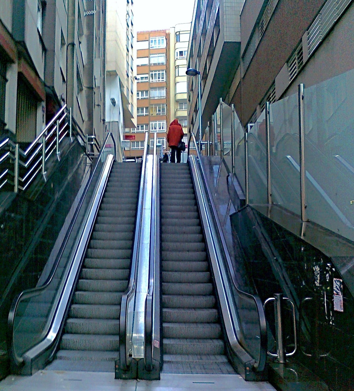 la ciudad habla escaleras mecanicas calle vargas santander