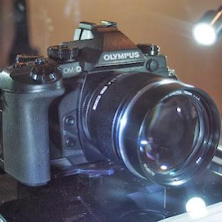 camara fotografica Oympus E-M1