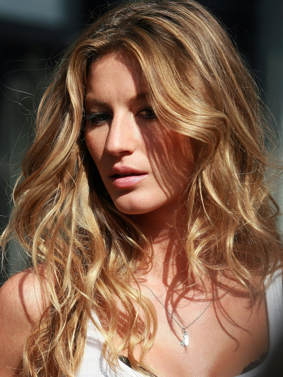 "This ""it"" Factor: How to: Get Gisele Bundchen Beachy Hair Gisele Bundchen"