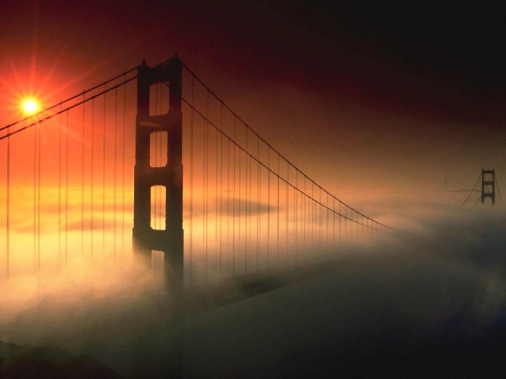 Bruma en el puente San Francisco