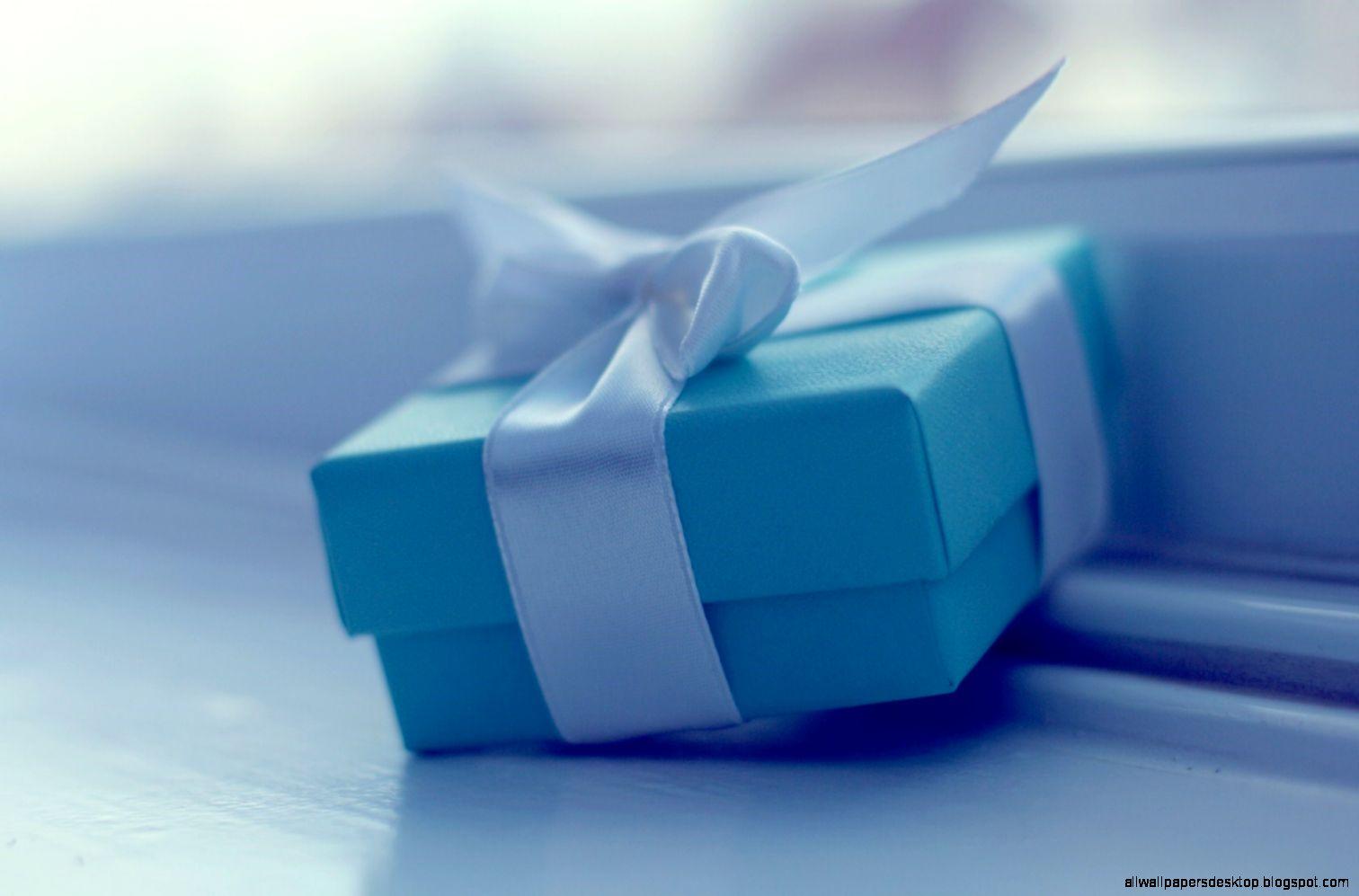Mood Gift Box wallpaper  1680x1050  26536