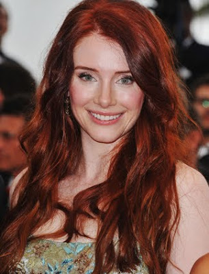Bryce Dallas Howard Wavy Hairstyle