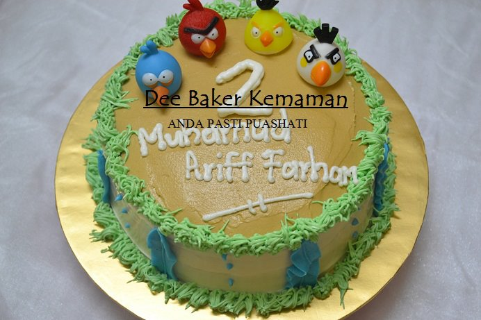Kek Buttercream Angry Bird