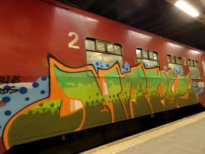 hapy ruido graffiti