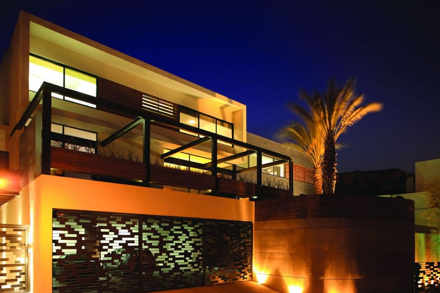 Home exterior designs lighting exterior home design for Home lighting design