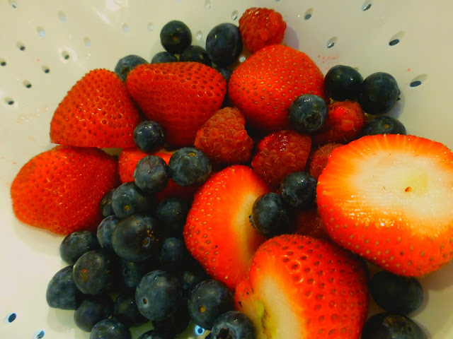 Mariano's berries