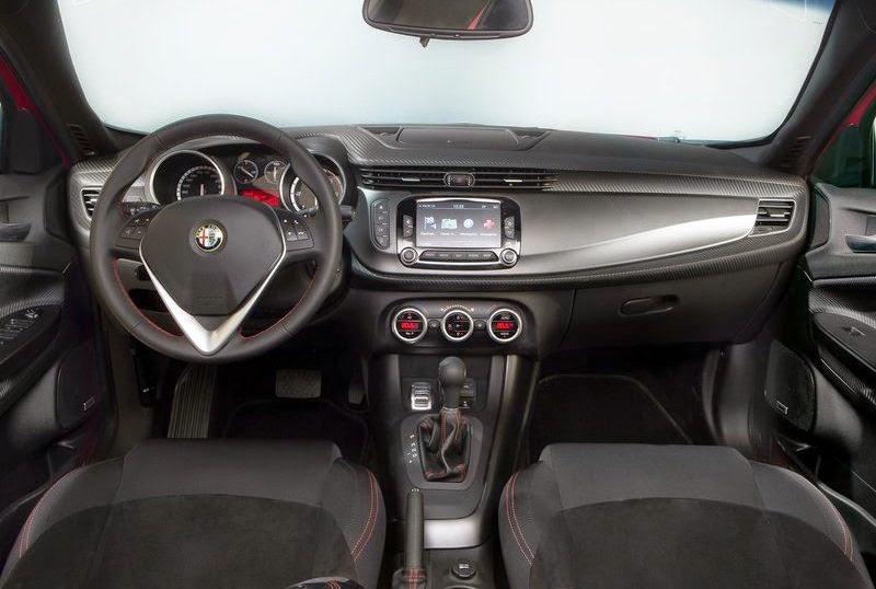 Cars Shed 2015 Alfa Romeo Giulietta Sprint