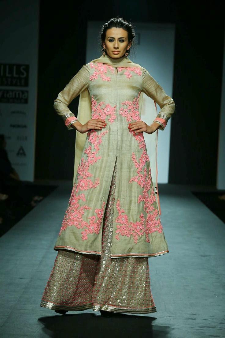 Anupama Dayal Wills Lifestyle India Fashion Week 2014 Lehengas Sarees Bigindianwedding