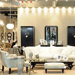 Decoraci n de salas con puffs ideas para decorar for Salas clasicas modernas