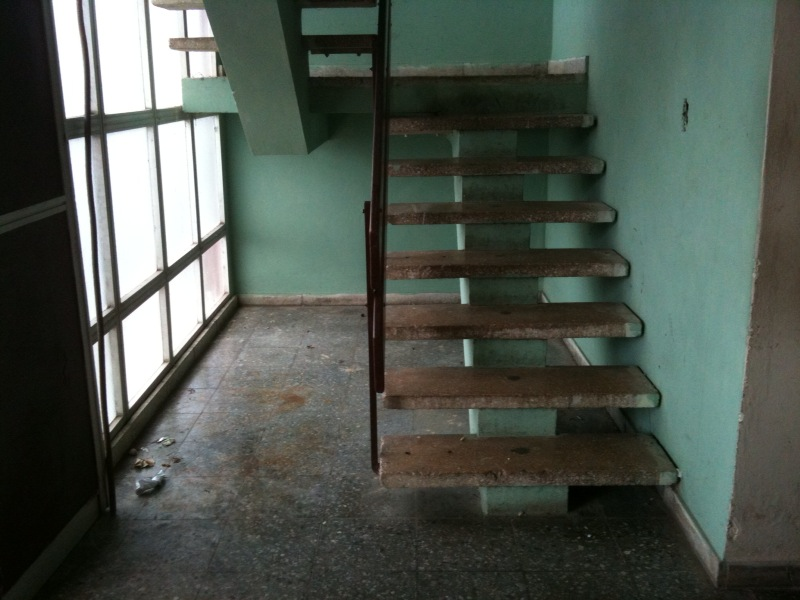 Desarraigos provocados la otra cara del sistema de salud - Escalera exterior para segundo piso ...