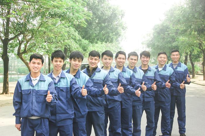 Đội Ngũ Thuật Viên Tay Nghề Cao
