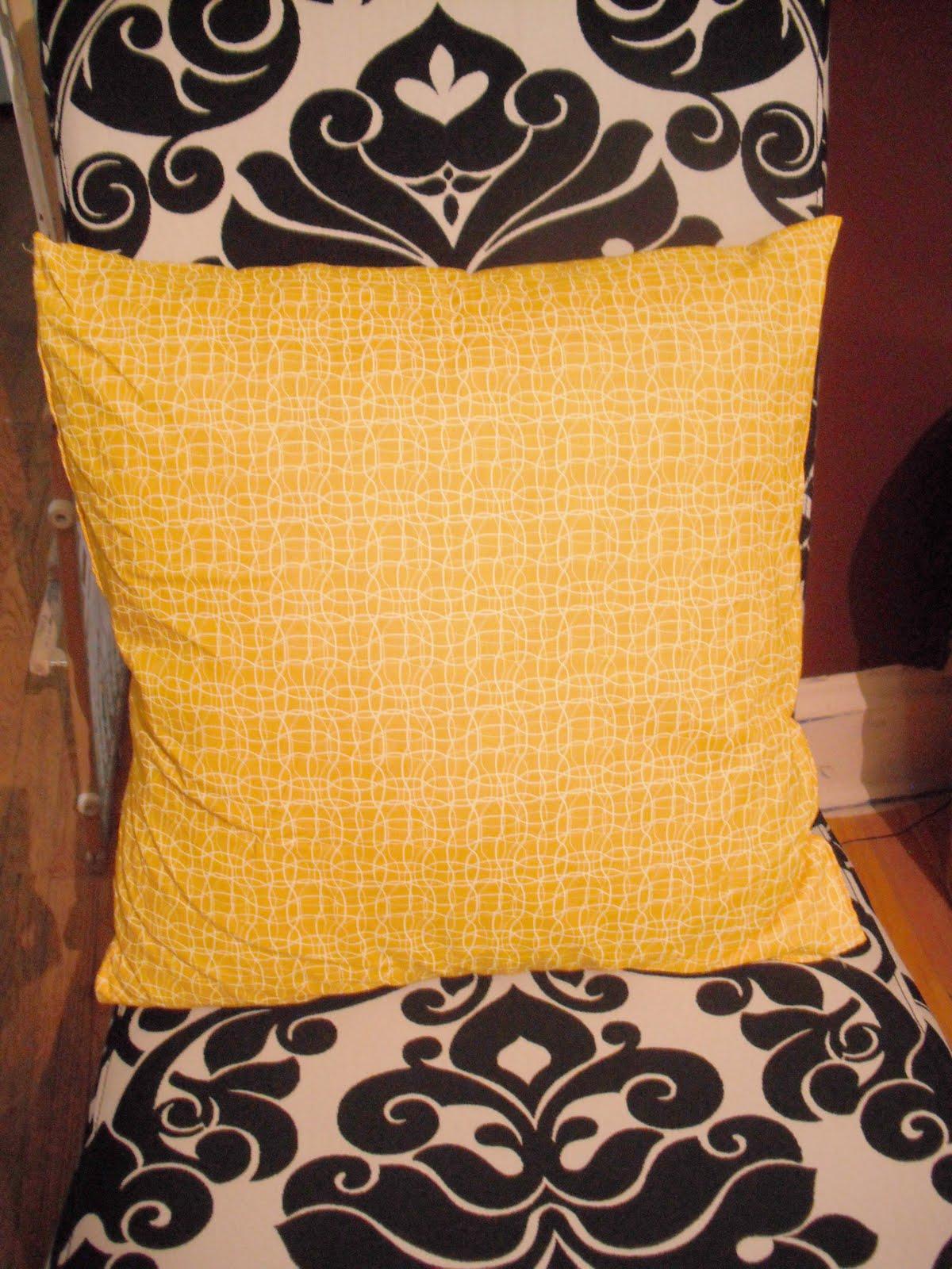 Ginny S Art Rosette Pillow Tutorial