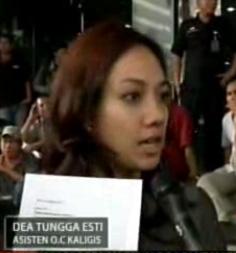 Dea Tunggaesti Lawyer Cantik Untuk Nazaruddin