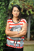 Ester Noronha photos bheemavaram bullodu press meet-thumbnail-1
