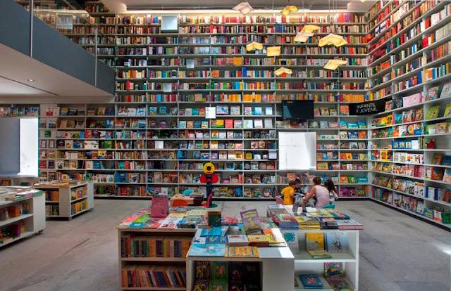 Actividades multidisciplinarias semanales del Centro Cultural Elena Garro