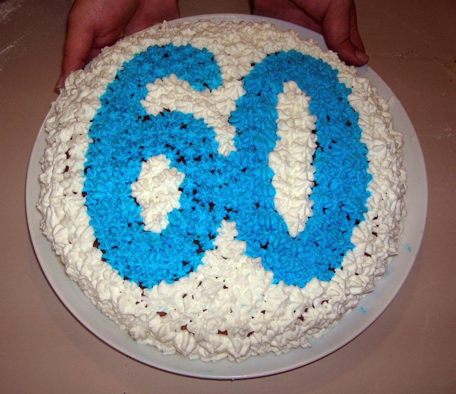 Torta di compleanno 60 anni sweet and salty corner for Decorazioni per torta 60 anni