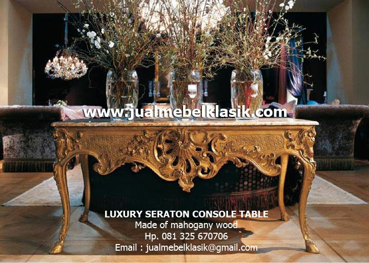 Supplier Mebel Klasik Supplier Furniture Klasik Jepara Supplier Indonesia Classic Furniture Supplier Classic Console Table Mahogany Supplier gold leaf console table Supplier Carved Console Table Supplier painted gold console table