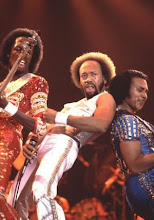 "EARTH, WIND AND FIRE : ""LET'S GROOVE"" ON STAGE (1981)"