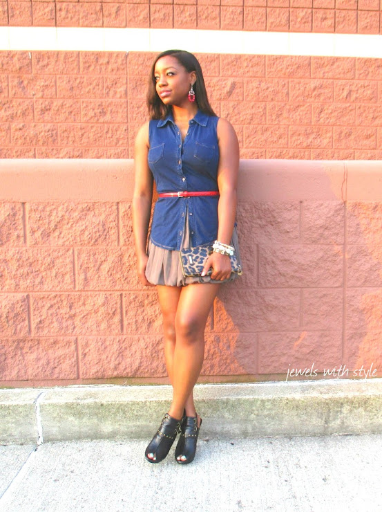 fashion blogger, forever 21 skirt, red accessories, jewelry, M Renee Design, black fashion blogger