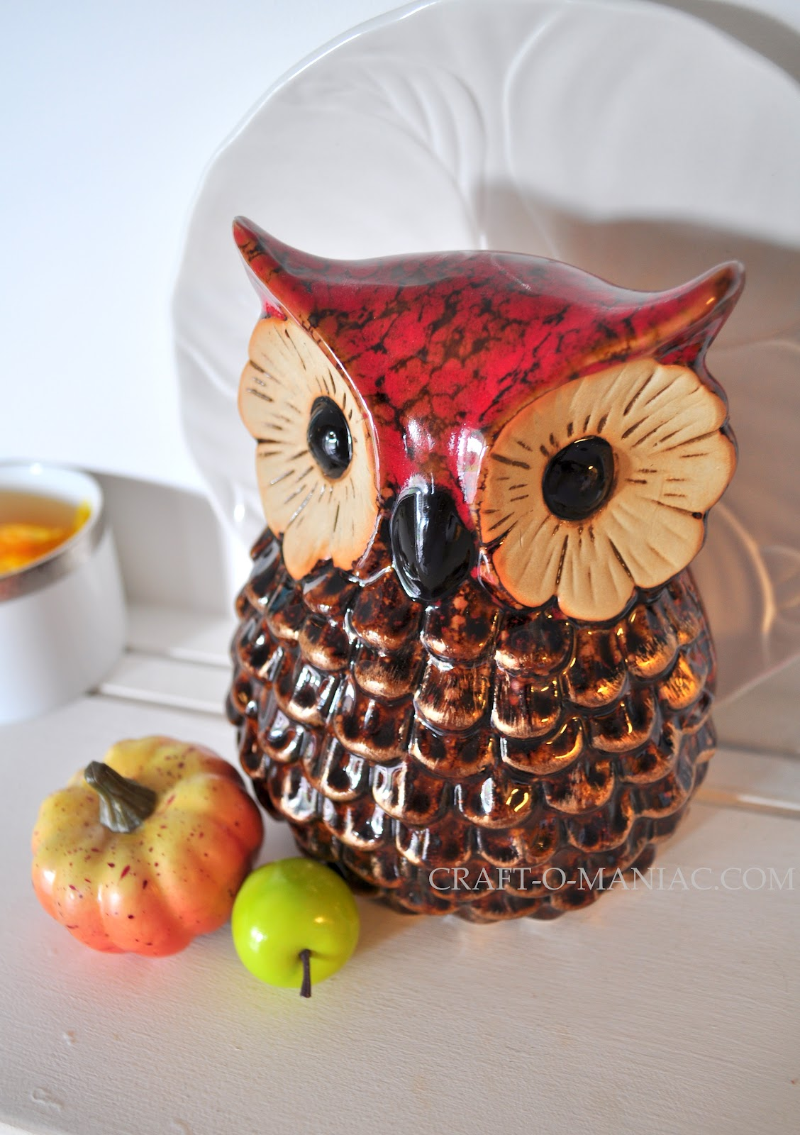 Home decor vintage fall hutch craft o maniac for Owl decorations for the home