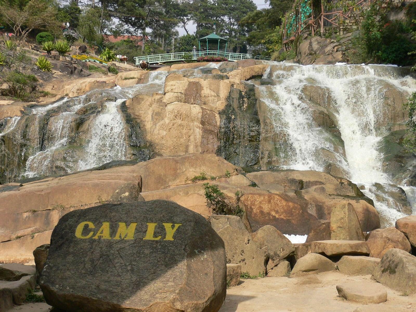 Ngắm thác kỳ vĩ trên cao nguyên Lâm Đồng3