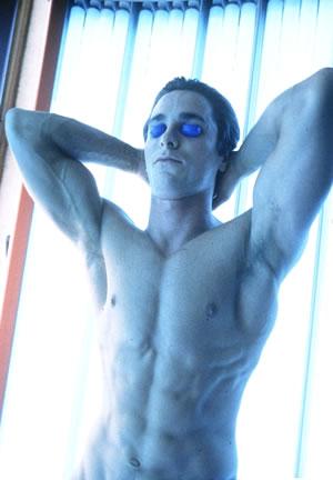 Christian-Bale-Muscles.jpg
