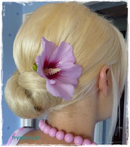 Kok na włosach długich i z dopinkami - zdjęcie