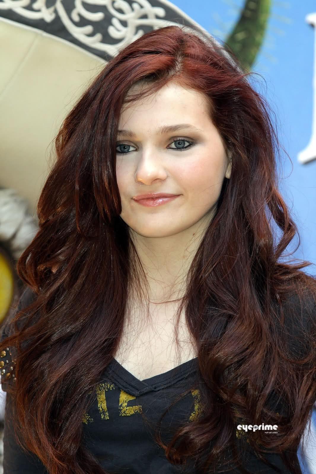 Celebrity Pics Abigail Breslin
