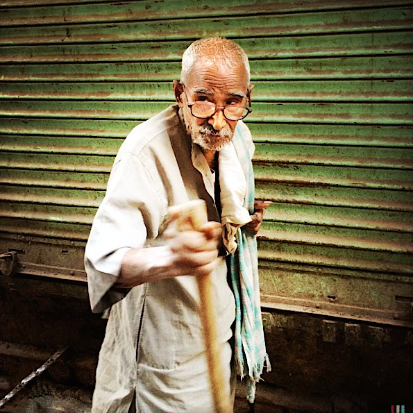 Man in Varanasi © Connie Gardner Rosenthal