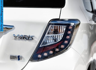Toyota Yaris car 2013 logo - صور شعار سيارة تويوتا يارس 2013