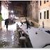 La marea alta sumerge parte de Venecia con el retorno del frío siberiano