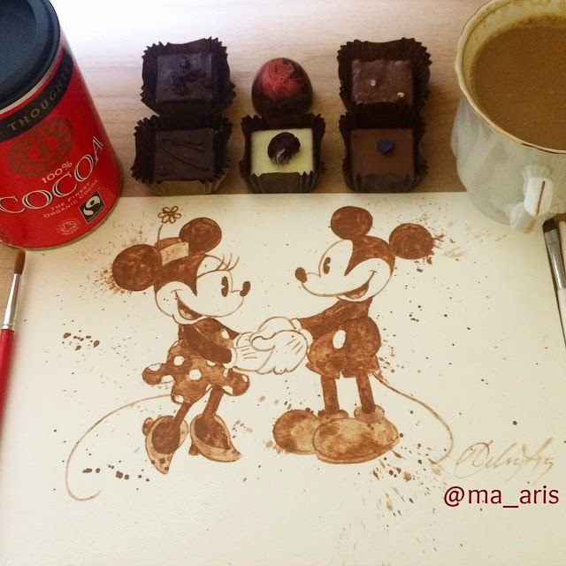 12-Mickey-Mouse-and-Minnie-Mouse-Maria-A-Aristidou-Pop-Culture-Painted-with-Coffee-www-designstack-co