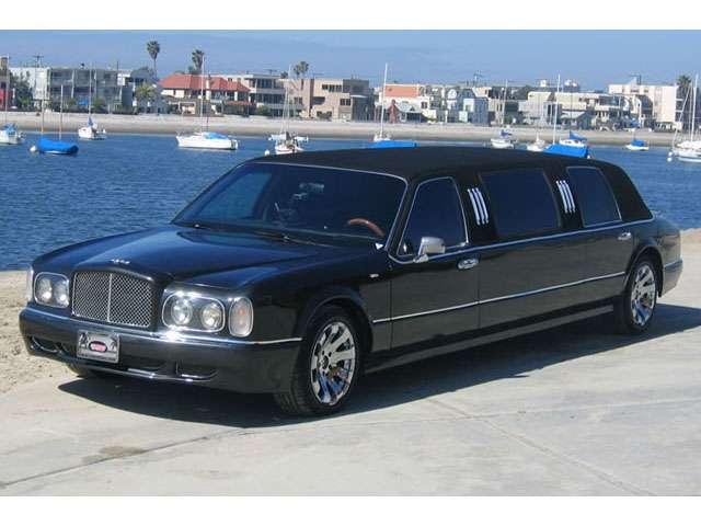 Bentely limousine