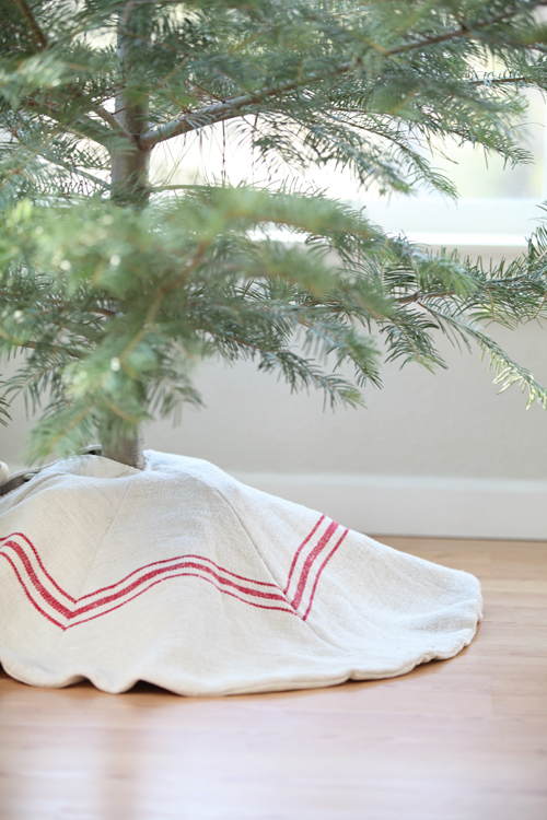 Dreamy Whites French Farmhouse Christmas Items In The Shop Wintersteen Farms Wreaths And A Container Sale