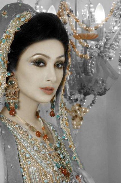 * Actress Aysha Khan In BridaL Wear Pictures * ~ Dulha ...