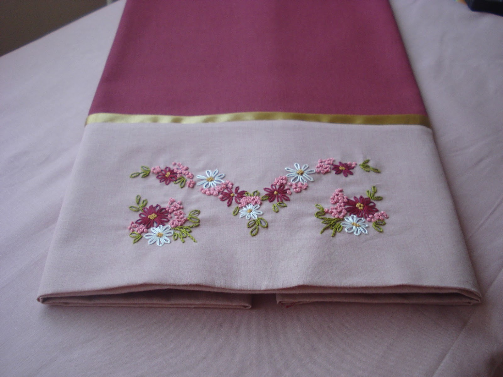 Bed sheet designs hand embroidery - Hand Embroidery On Pillow Cases