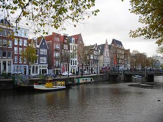 La curva dorada de Amsterdam