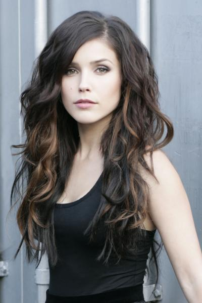 600full-sophia-bush.jpg