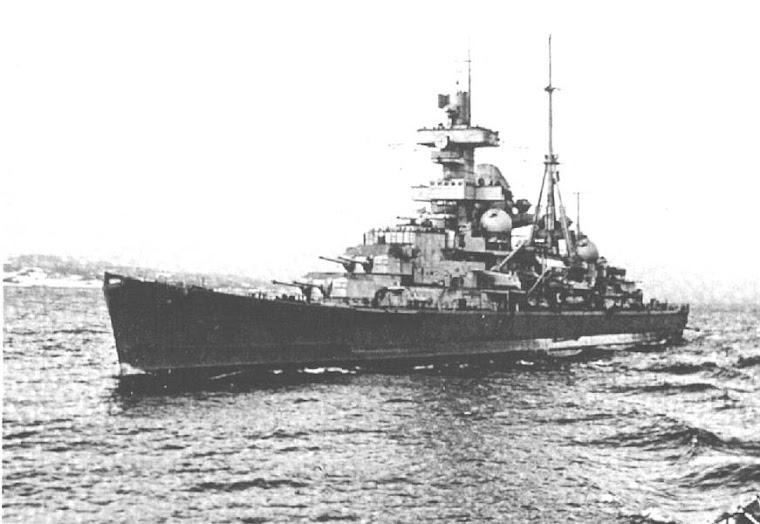 Crucero pesado Admiral Hipper