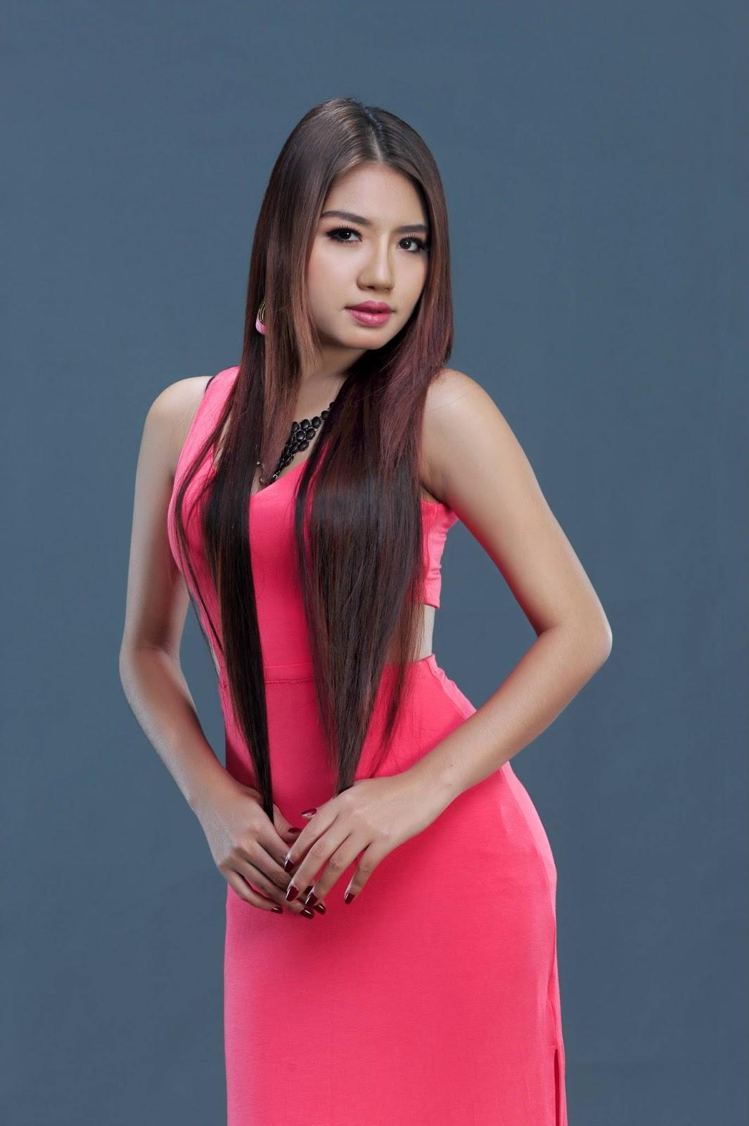 hottie model baby mg in pinky long dress