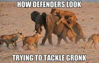 how%2Bdefenders%2Blook%2Btrying%2Bto%2Btackle%2Bgronk 22 meme internet how defenders look trying to tackle gronk