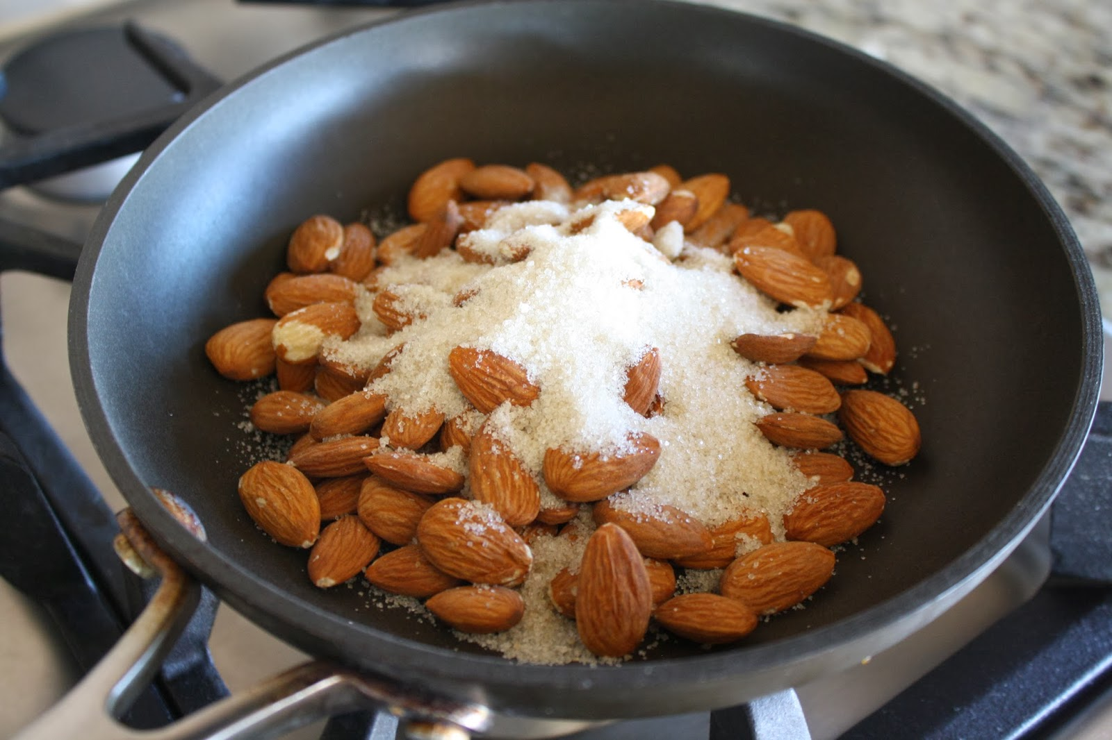 how to make candied almonds for salad