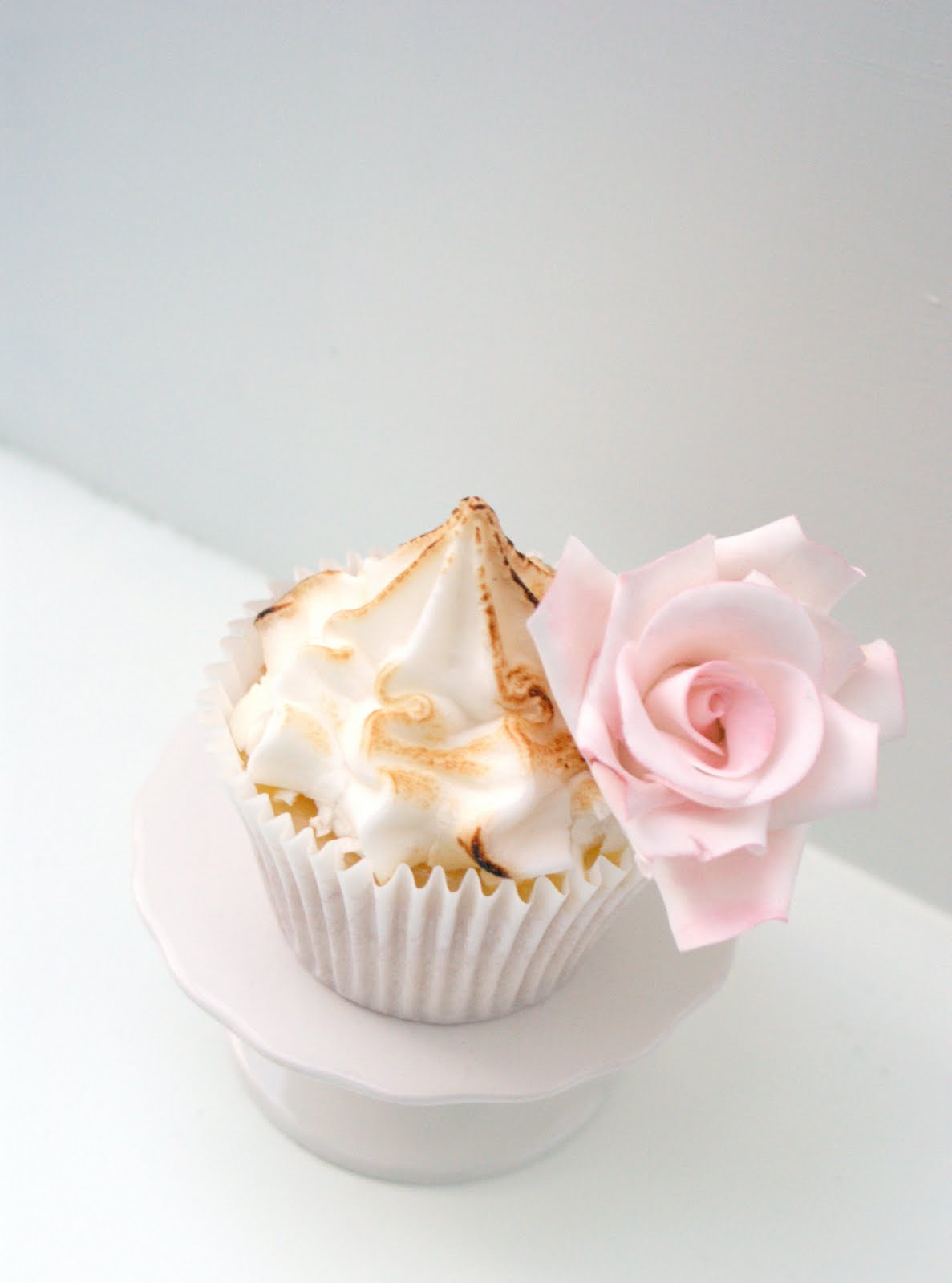 Icing Bliss: Lemon Meringue Cupcake Bliss