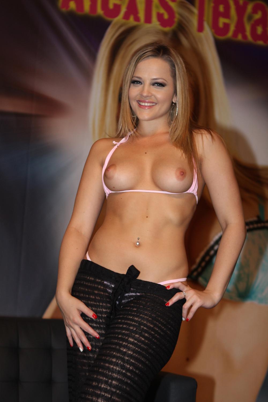 http://3.bp.blogspot.com/-fRnhcgPAIGY/T2Xfoy4VllI/AAAAAAAACps/lr_uHgF_nx0/s1600/Alexis+Texas+(6).jpg