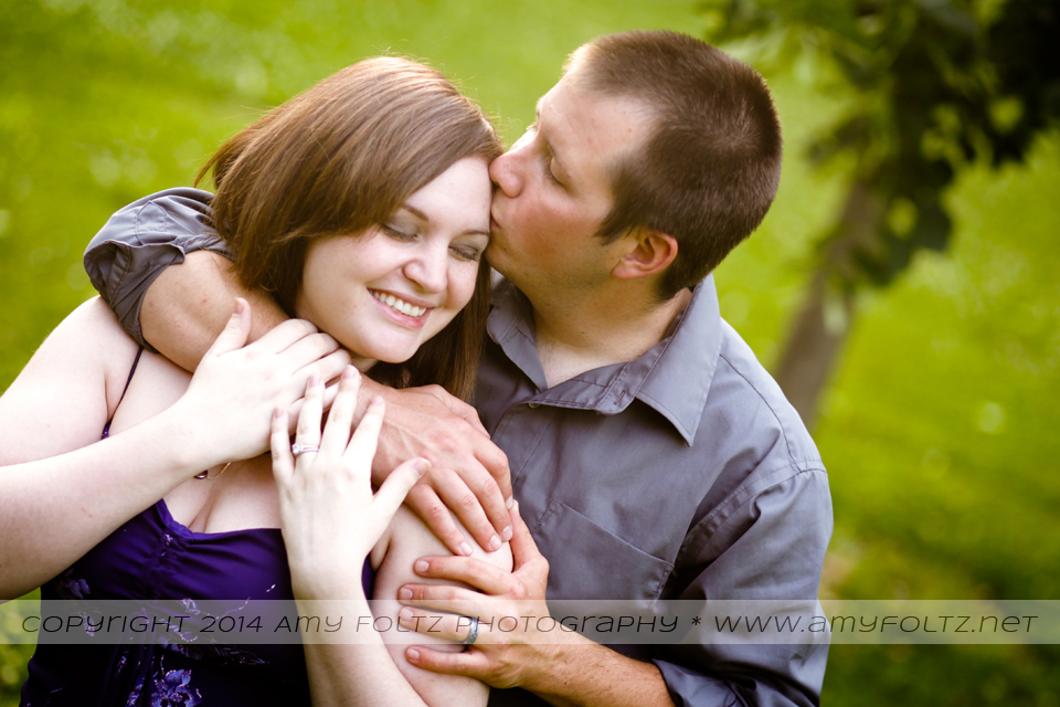 romantic couple photo at Collett Park in Terre Haute, Indiana
