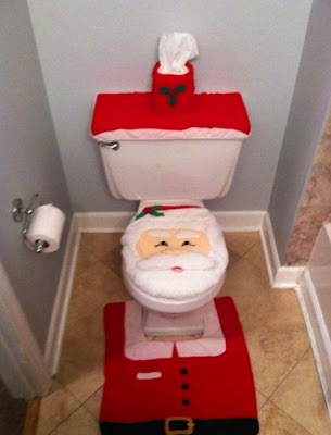Tacky Santa Bathroon Decorations
