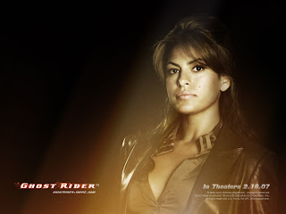 Latest Eva Mendes Hot model HD picture photo gallery