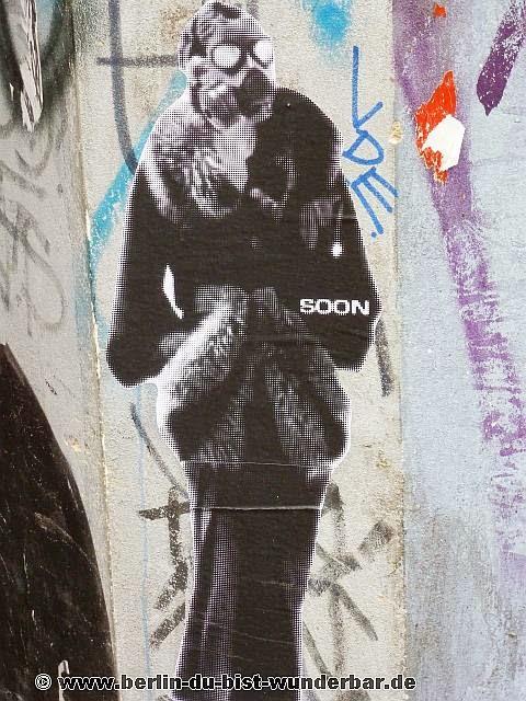 berlin, streetart, graffiti, kunst, stadt, artist, strassenkunst, murale, werk, kunstler, art, Soon